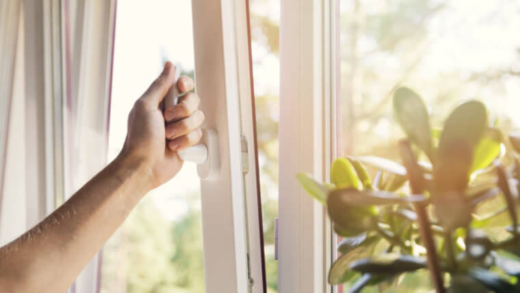 7 tricks to keep your new home cool without facing a Texas-sized bill