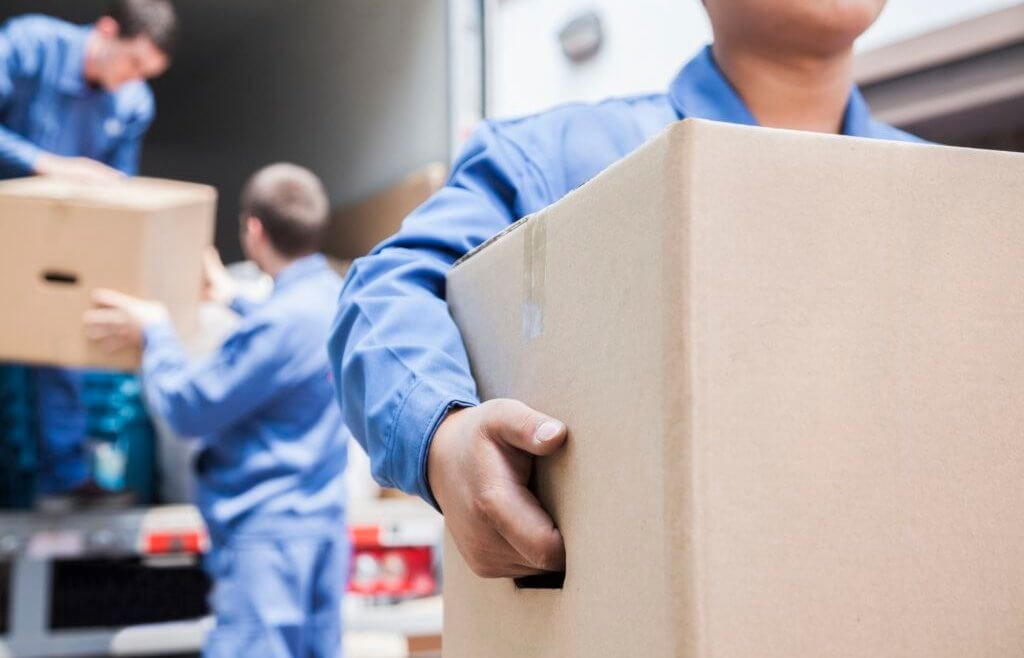 6 best moving tips for a sane summer transition