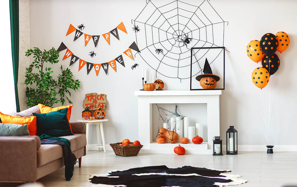 6 Scary-Good Halloween Decorating Ideas