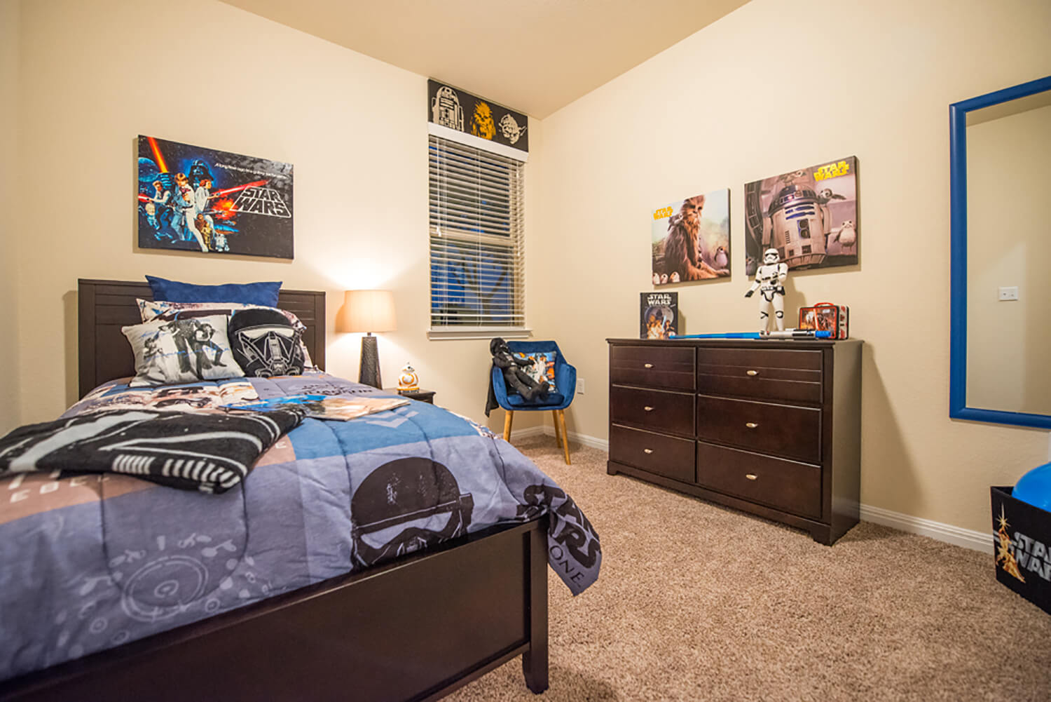 Bee Cave Vista Model Home Boys Bedroom Photo