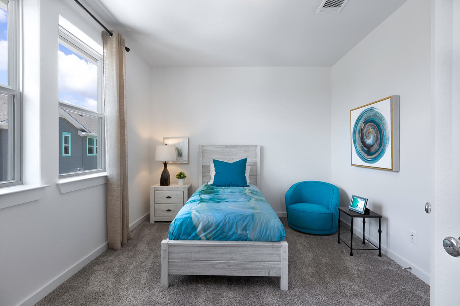 Trailside Oaks Townhomes Bedroom Photo