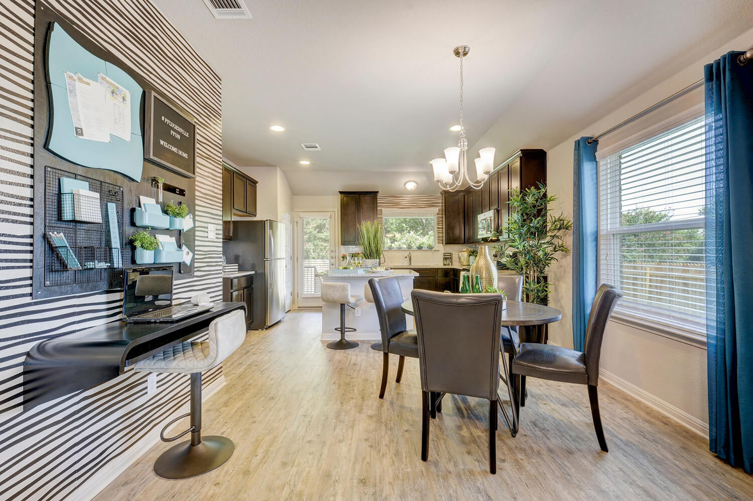 Walden Square Model Home Dining Room Photo