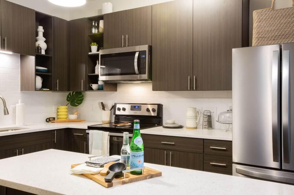 511 Meeting Apartment Kitchen Photo
